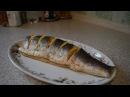 Запеченный лосось в духовке в фольге / Вкусный рецепт лосося целиком