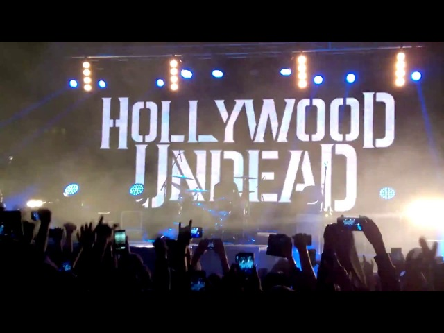 Hollywood Undead - Whatever it takes (Live in Tele-Club, Ekaterinburg, Russia, 10/03/2018)