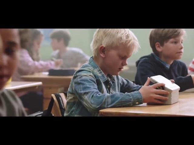 최근 감동으로 화제가 된 영상 '가난한 소년의 점심시간'