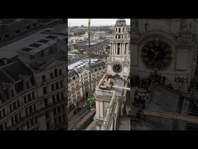 TOM CRUISE stunt MI6 London ?