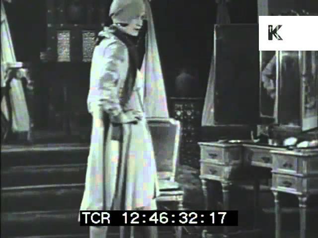 1920s Flapper Fashion, Silk Dresses
