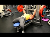 один из вариантов тренировки грудных мышц