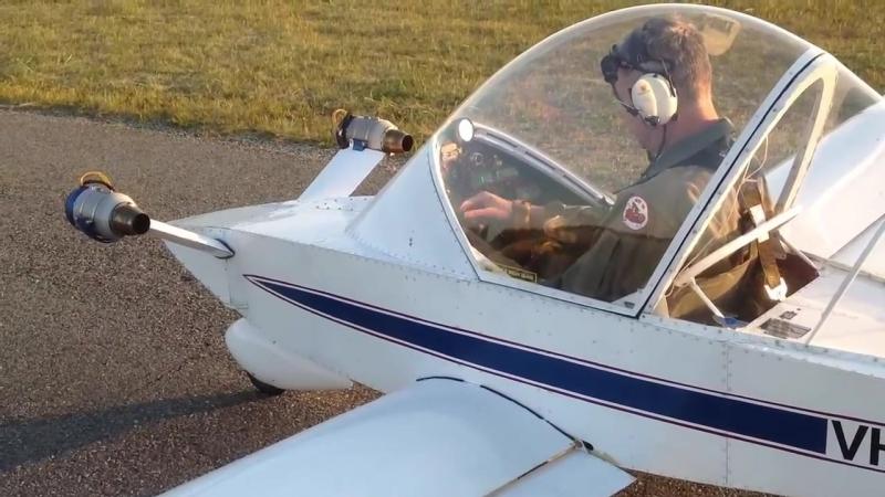 Самый маленький реактивный самолёт Colomban CriCri