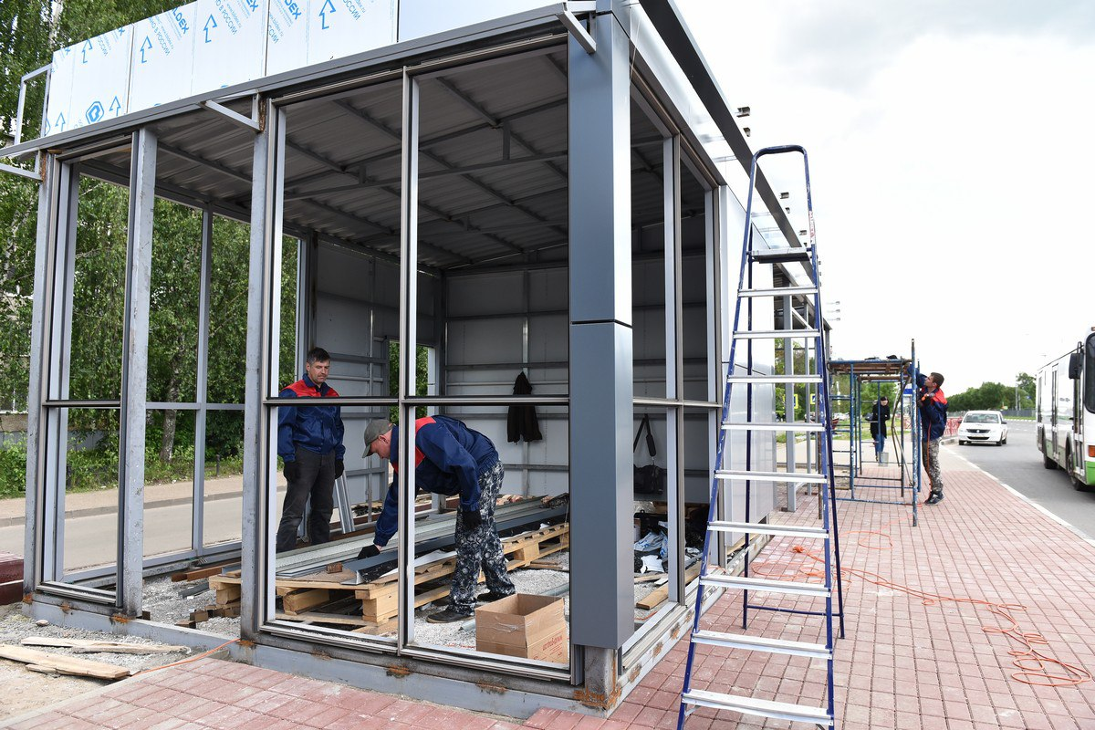 В Дядьково началось строительство нового остановочного павильона