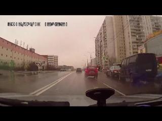 Неловкое ДТП с переворотом.