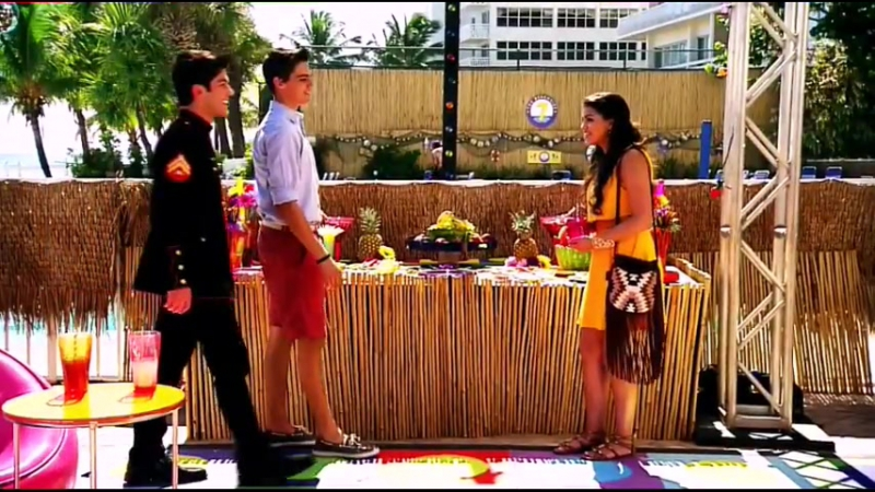 Every Witch Way [Remix Song]_HIGH.mp4