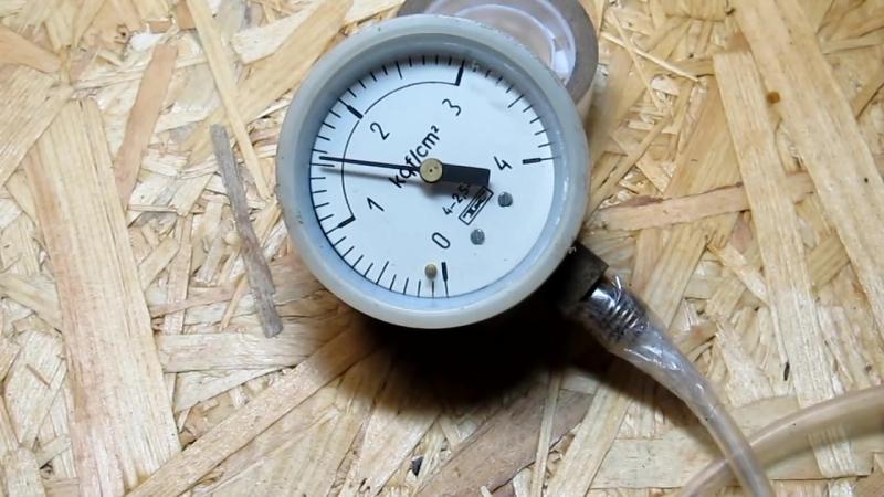 Как сделать вакуумный насос. Простой насос из шприца - How to make a vacuum pump
