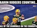 Аарон Роджерс считает всех преступников в Cowboys