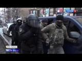 Беспорядки в Киеве. Саакашвили покоряет крыше