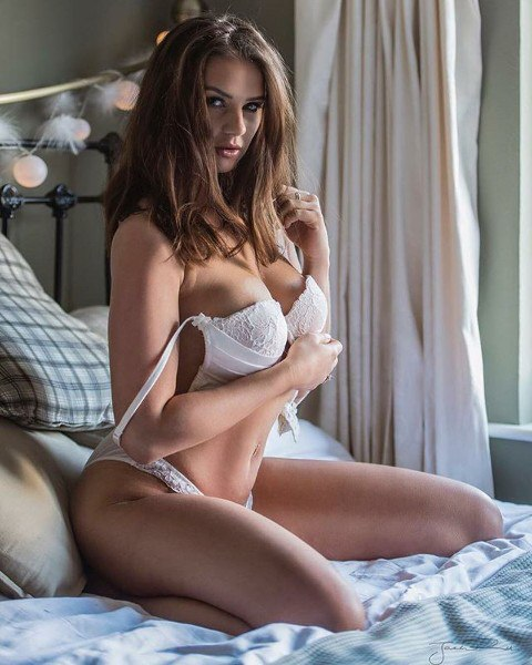 Asian babe brunette hairy masturbation