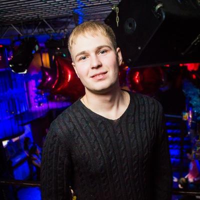 Илья Шатов