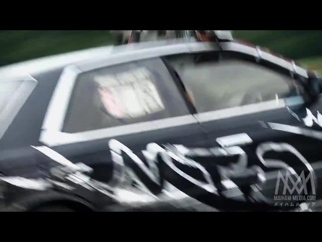 Nissan C33 Laurel grinding the wall at Ebisu circuit Japan drifting GDM