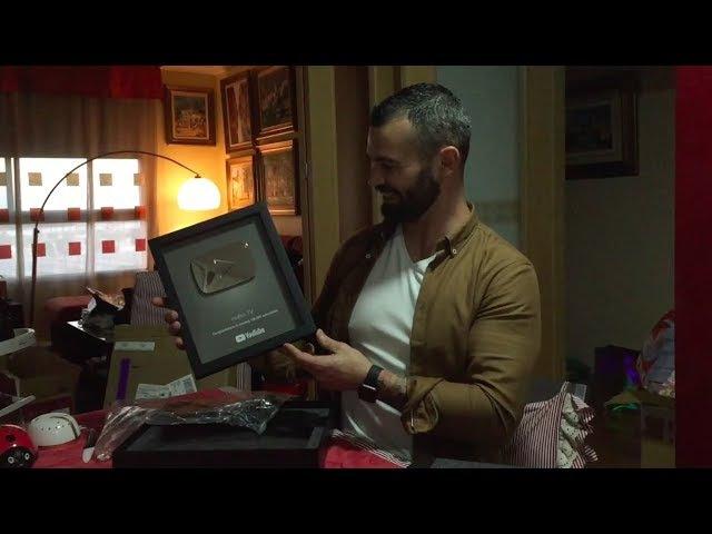 El mejor regalo de Reyes - Botón de plata YouTube