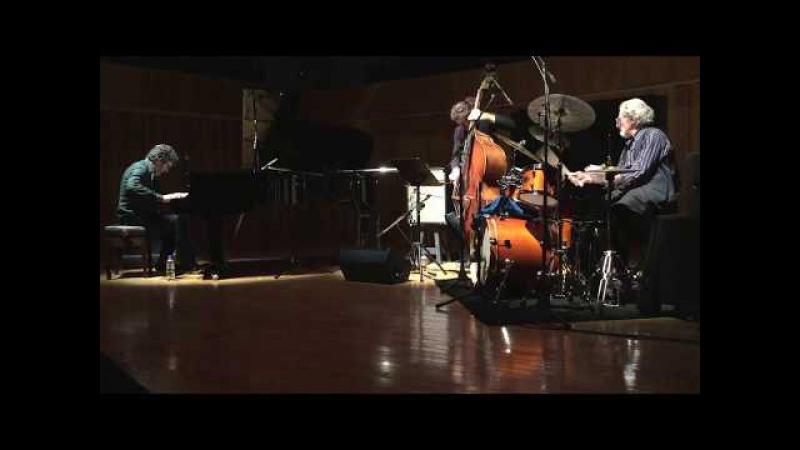 Barry Altschul Trio w/ Ernesto Jodos Jerónimo Carmona @ La Usina del Arte