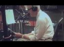 David Lynch singin'