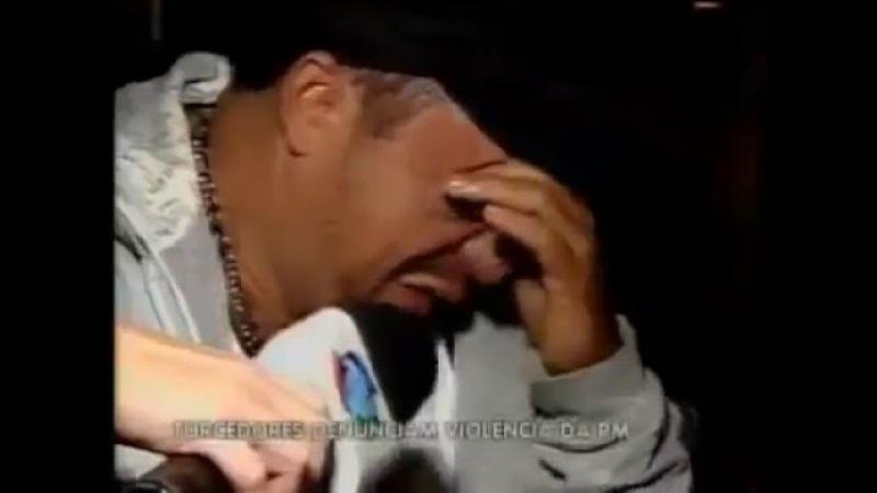 Torcedor do galo chorando