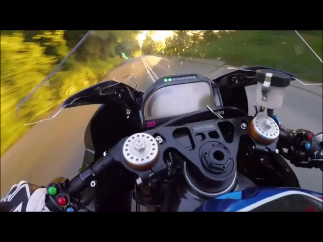 Питер Хикман Супербайк BMW НР4 Остров Мэн ТТ 2017