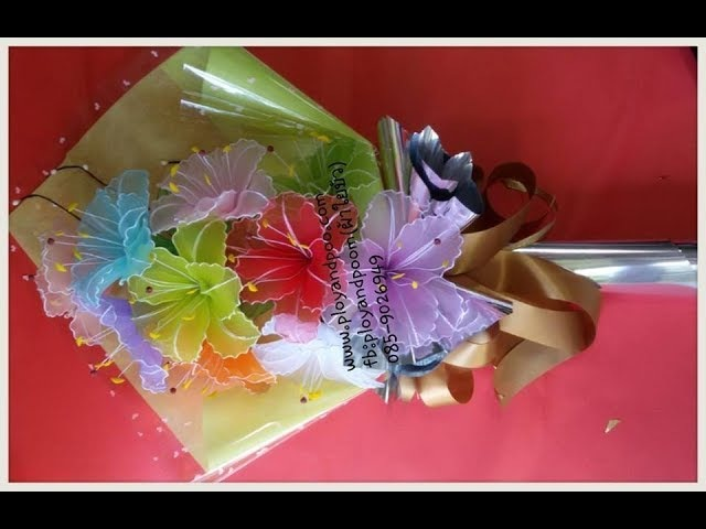 การจัดช่อดอกไม้รับปริญญา How to making flower bouquet by ployandpoom ผ้าใย 36