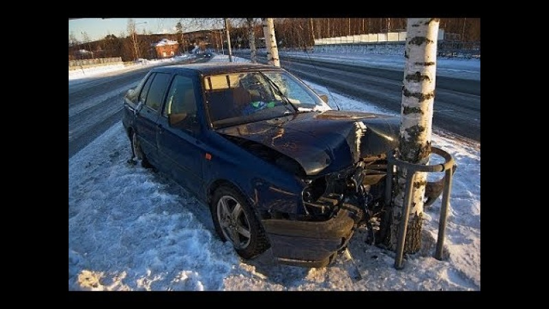 ИДИОТЫ НА ДОРОГЕ Подборка Безумных Водителей от Road Mafia 18 Зима 2018 Epic Funny Drivers