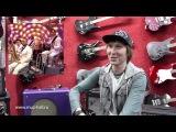 Лев Горбачев (бас-гитарист группы Черный Кофе) дает интервью магазину Music Hall г.Хабаровск