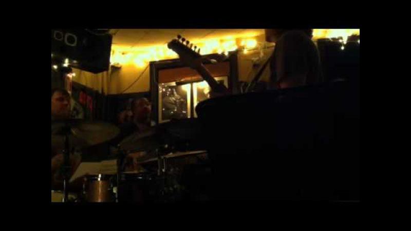 Wayne krantz, Keith carlock, James genus, Sean wayland