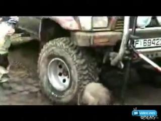 Как накачать колесо без насоса, лол