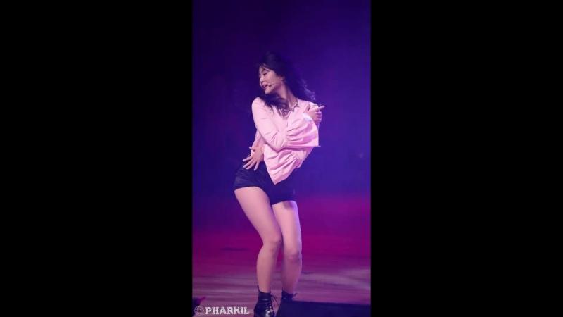 171214 Brave Girls - Rollin (Hayun) @ Wonju Military Music Concert