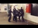 Вызвать полицию- Роб Хастл