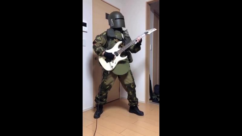 Александр Tachankin Сенавьев из Rainbow Six Siege играет на гитаре )