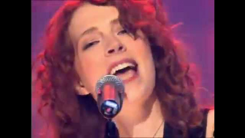 Melissa Auf der Maur - Taste You (French Version) live Top of the Pops