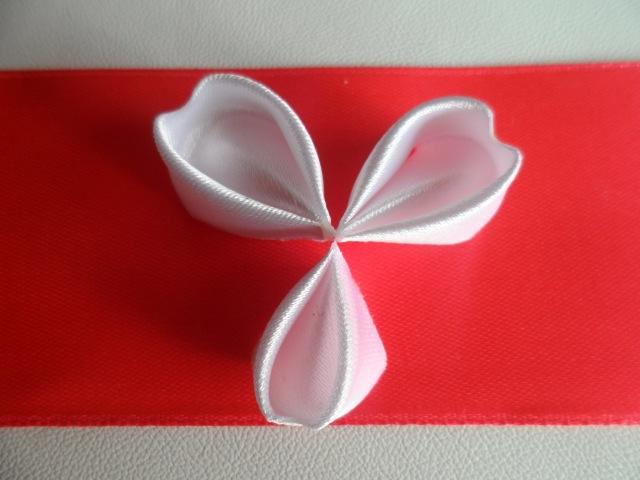 Hand made Как сделать лепесток Канзаши формы сердца
