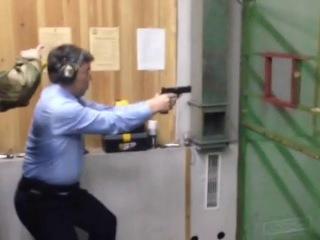 Глава Республики Бурятия Алексей Цыденов на соревнованиях по практической стрельбе