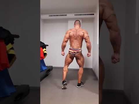 Carlos Blanco posing practice 2