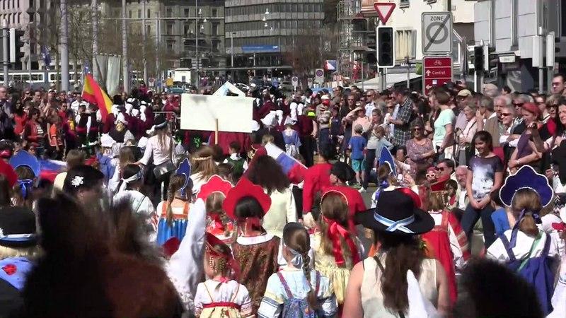 Film Sechseläuten in Zürich 2015 russische Gruppe