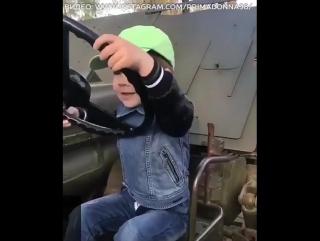 3-летний сын Пугачевой и Галкина мечтает о собственной машине