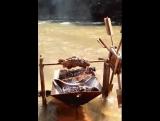 Когда во время похода лень переворачивать мяско
