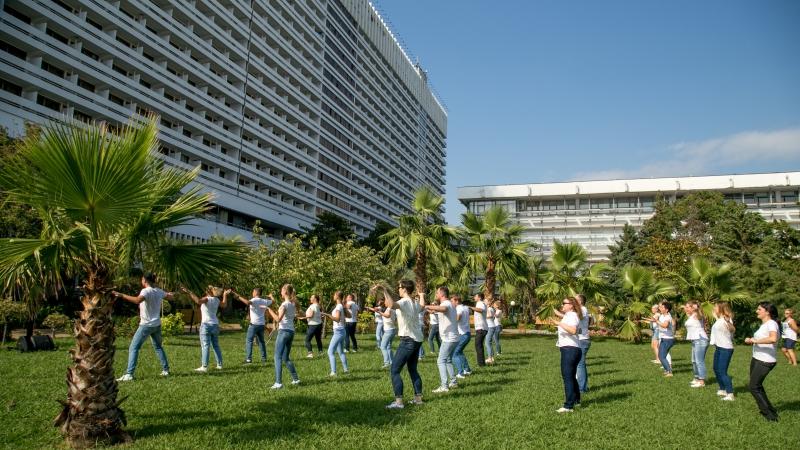 Флешмоб в Гранд Отеле