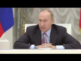 Даже в разговоре об институте семьи Путин остаётся верен себе, и обстоятельно разъясняет слушателям, как совокупляются черви