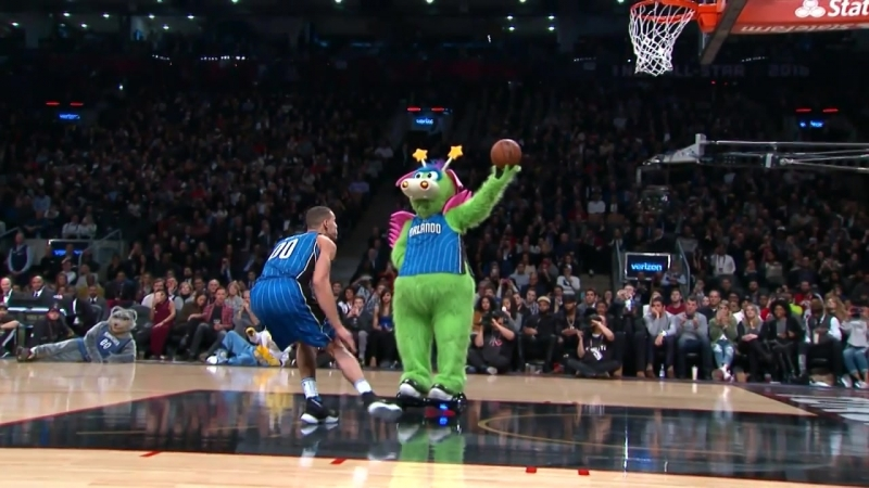 Best Prop Dunks in NBA Slam Dunk Contest History