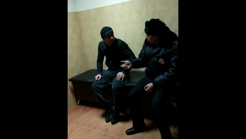 Доброс задержаного который подверг угрозе жизнь инспектора, задержаный с Тюбе Махачкала