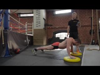 Кроссфит-тренировка для бойцов