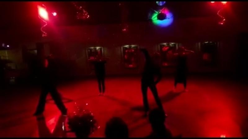Танцевальный спектакль «Три товарища» в GallaDance Guru centre