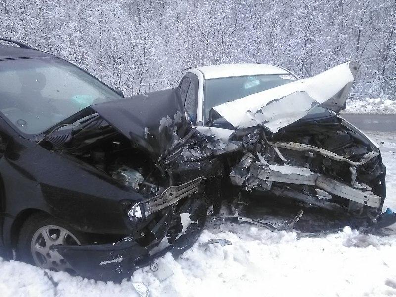 УМВД ищет очевидцев столкновения двух авто на трассе под Томском.