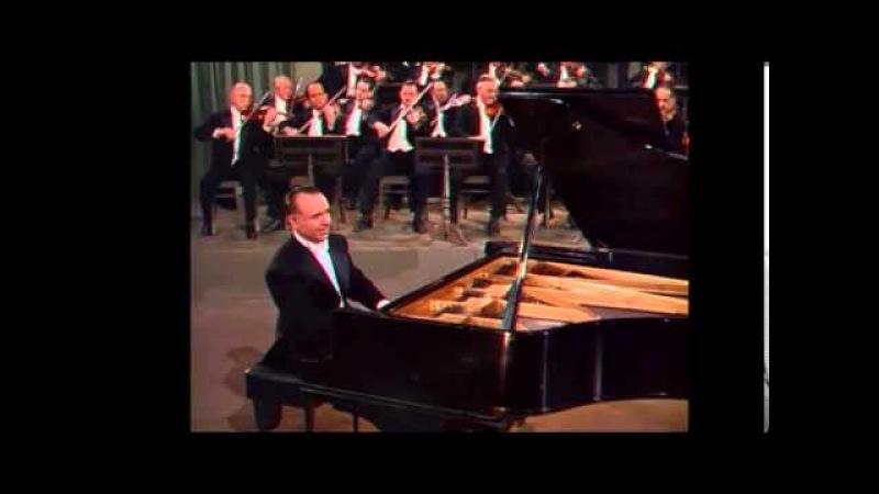 Jose Iturbi plays Tchaikovsky 1st part 3