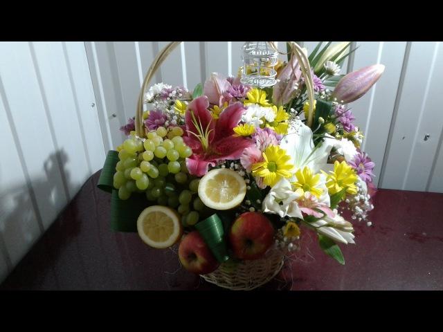 Как сделать корзинку с цветами и фруктами How to make a basket with flowers and fruits