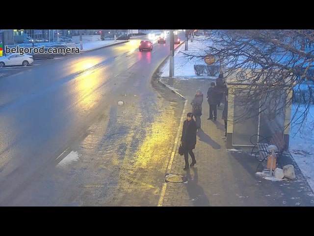 Таран на перекрёстке Королёва Шаландина в Белгороде