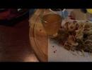 Гурмэ-фестиваль для меня начался с фрегата «Флагман». Блюдо: «Рёбра ильменского леща с яшней из репы и луковым мармеладом»