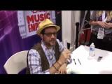 Michael Giacchino / Майкл Джаккино раздает автографы на D23Expo