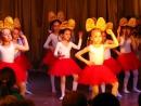 Танец куколок Барби