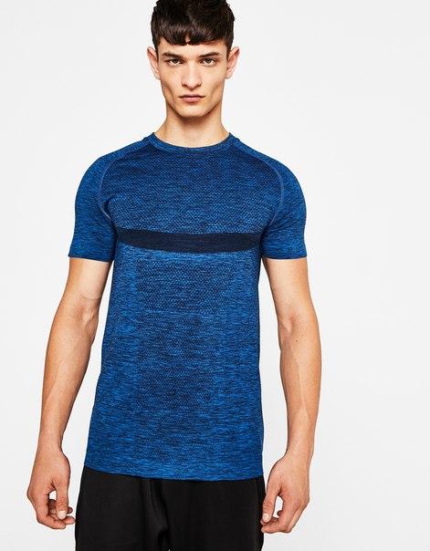 Бесшовная спортивная футболка
